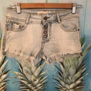 Jean Shorts ~ distressed ~ button fly ~ super cute